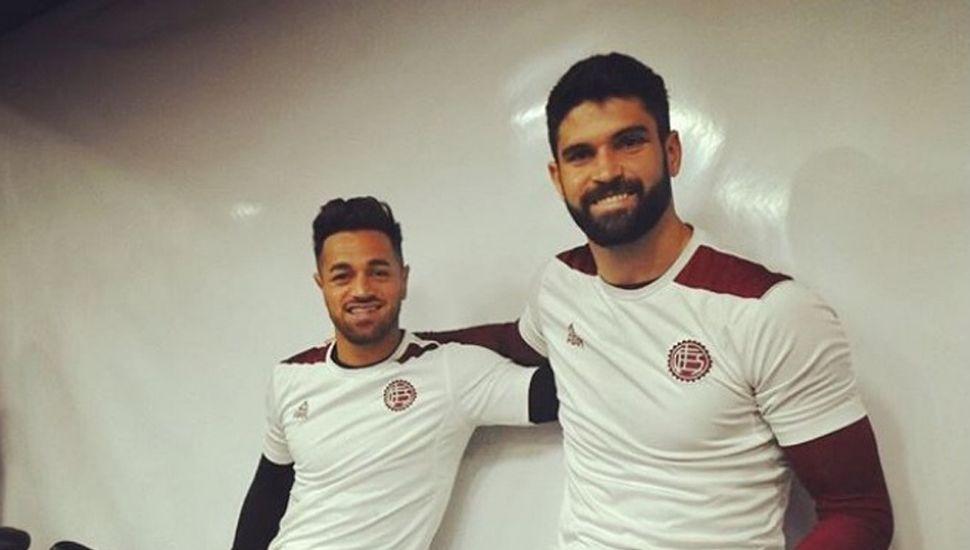Lautaro Acosta y el ex Sarmiento, Nicolás Orsini.