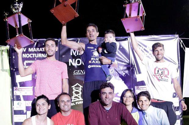 Los juninenses Talía Silva y Oscar Cabral fueron los ganadores del Maratón Nocturno