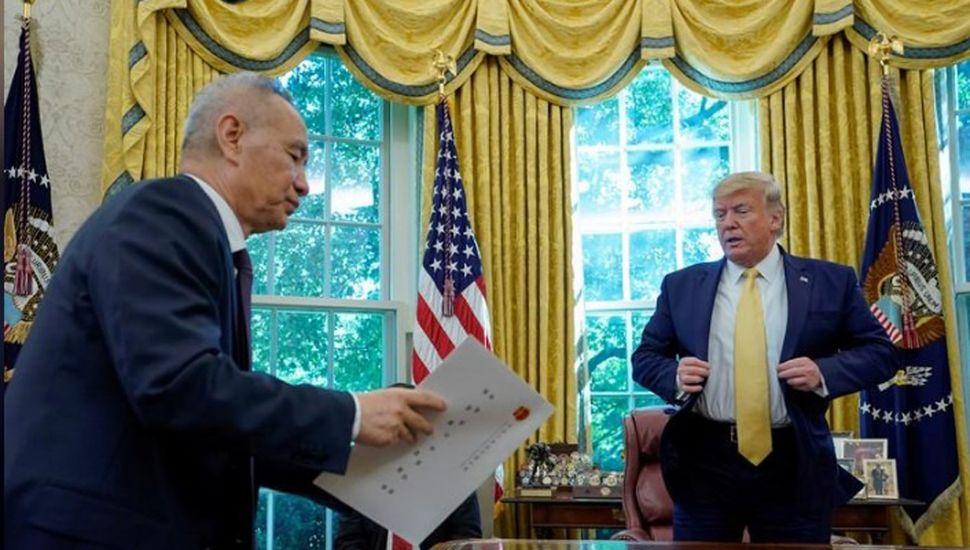 Trump espera firmar con China  acuerdo comercial en noviembre