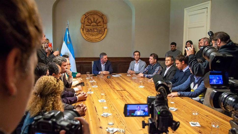 La conferencia de presentación del debate se llevó a cabo en el Rectorado de la Unnoba.