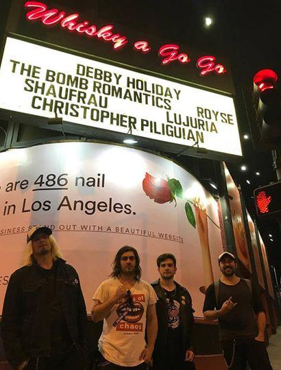 La banda en las carteleras de Los Ángeles.