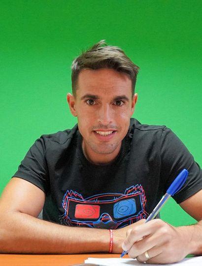 Fausto Montero llegó ayer por la tarde a Junín y ya fue presentado oficialmente.