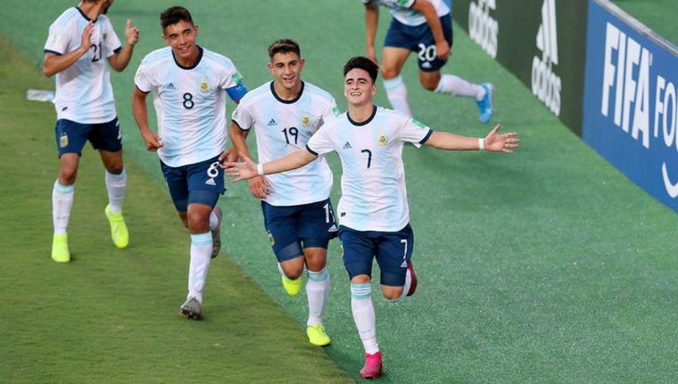 La Argentina busca el pase a cuartos de final en Vitoria, frente a Paraguay