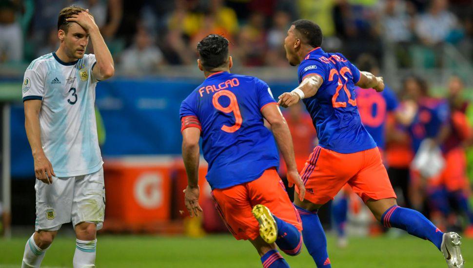 Argentina cayó frente a Colombia por 2 a 0