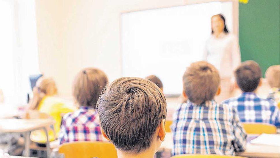 Tras el acuerdo salarial, un maestro de grado cobrará entre $19.278 y $25.835