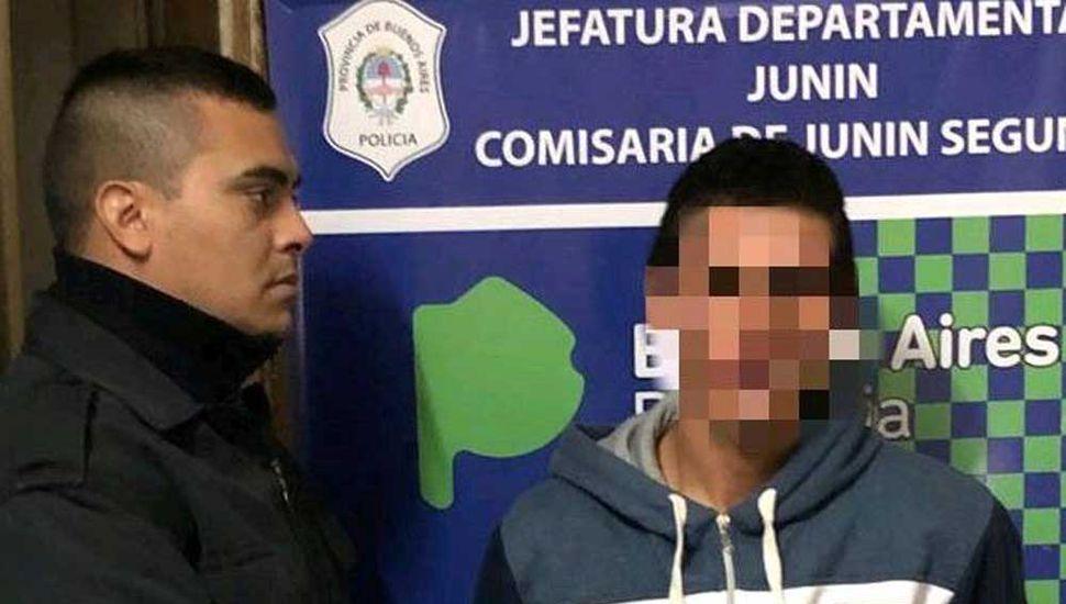 El joven detenido en la localidad de Fortín Tiburcio.