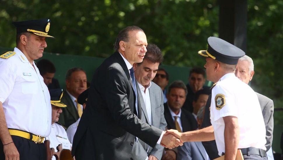 """""""La superpoblación en comisarías es muy grave"""", dijo Berni en su primer acto como ministro"""