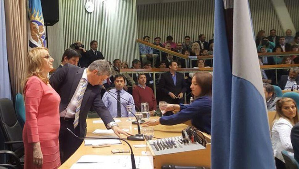 Alicia Kirchner llamó a un acuerdo social santacruceño, al abrir el año legislativo