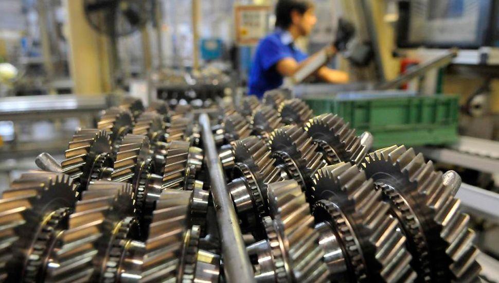 Según la Unión Industrial, la actividad cayó 6,3% en 2019