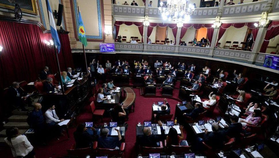 La oposición quiere que el Senado controle las prisiones domiciliarias