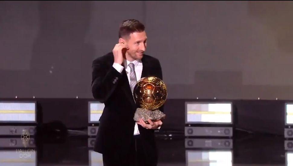 Messi recibe el sexto Balón de Oro y se convierte en el máximo ganador de la historia