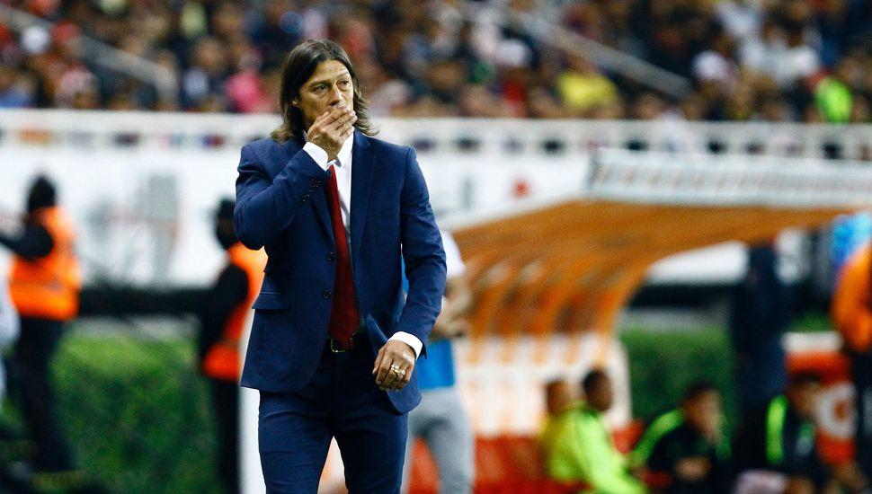 Matías Almeyda, humillado en México: le dieron vuelta el clásico y Chivas quedó último