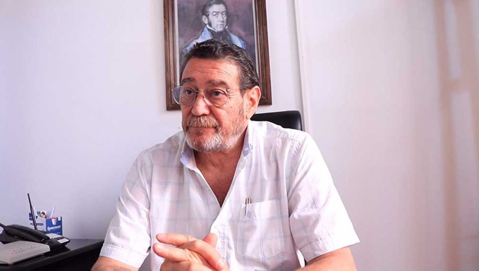 Julio Ferrero, médico veterinario.