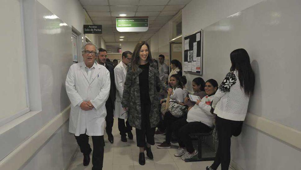 Vidal visitó ayer un hospital y cuatro centros de salud en el partido bonaerense de Ezeiza.
