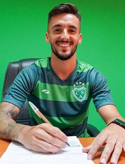 El volante Braian Sánchez firmó ayer su contrato, hasta diciembre de 2022.