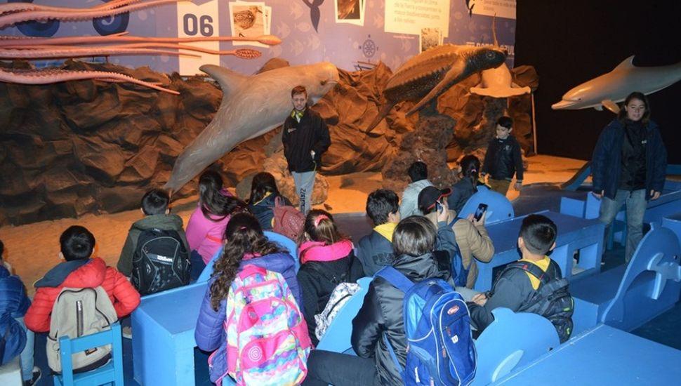 Alumnos de Ameghino, Blaquier y Porvenir viajaron a Tecnópolis