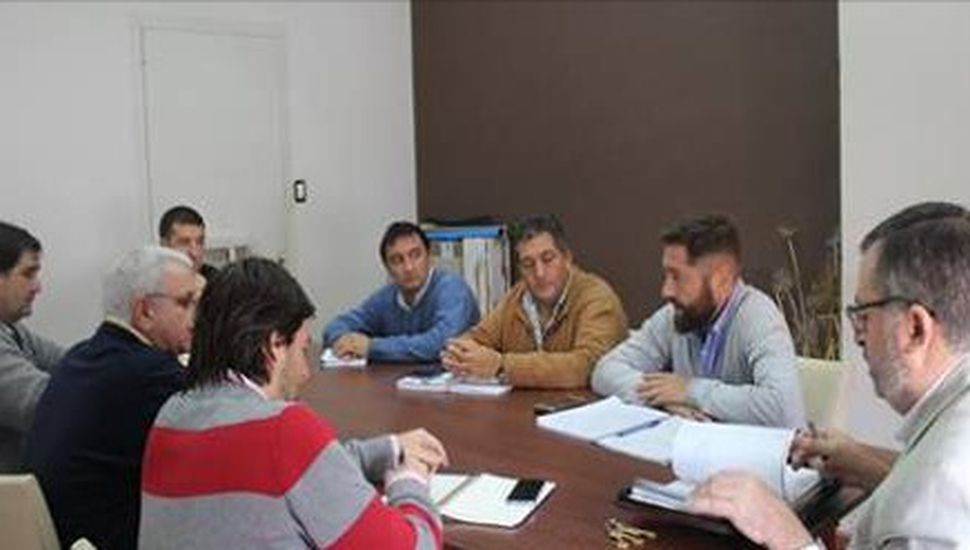 Obras en ejecución: Conocchiari se reunió con autoridades de EDEN
