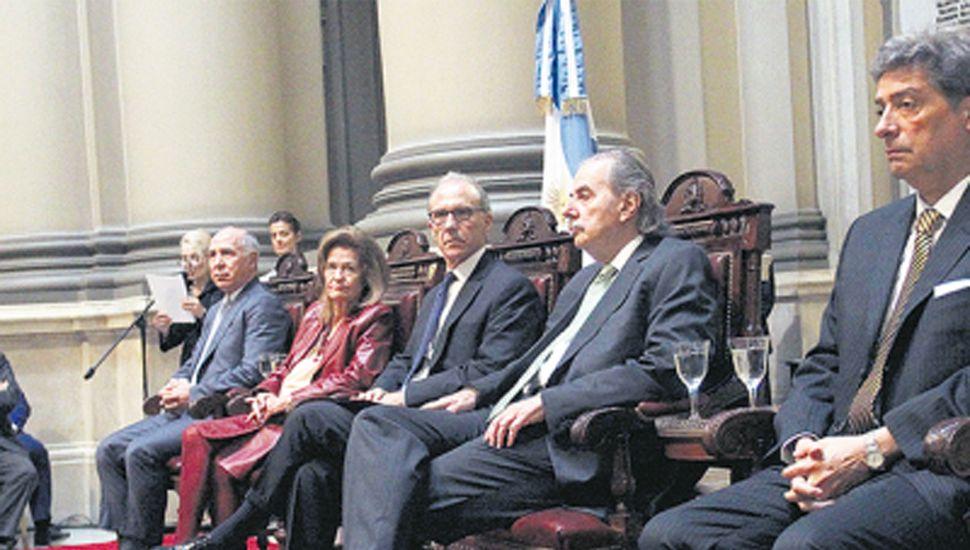 Tres de los cinco miembros de la Corte Suprema de Justicia vienen fallando en contra del gobierno.