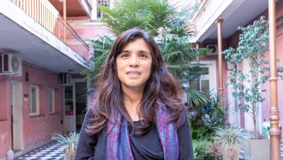 Psicóloga Gabriela Parino, a cargo del Servicio de Orientación a la Adopción