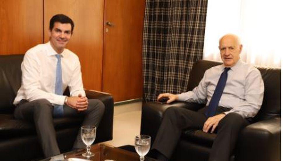 Roberto Lavagna llevará como candidato a vicepresidente a Juan Manuel Urtubey