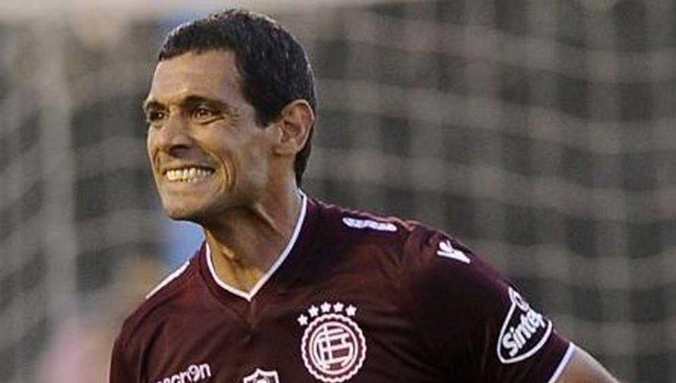 """José """"Pepe"""" Sand, goleador de Lanús."""