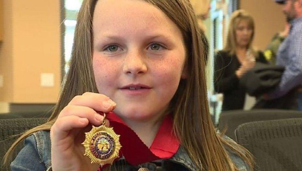 Una niña de 8 años le salvó la vida a su papá tras recibir un disparo mientras conducía