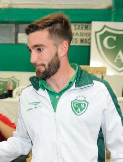 Sarmiento intentará retener a Ignacio Cacheiro, algo  difícil porque el delantero iría a un equipo de Primera