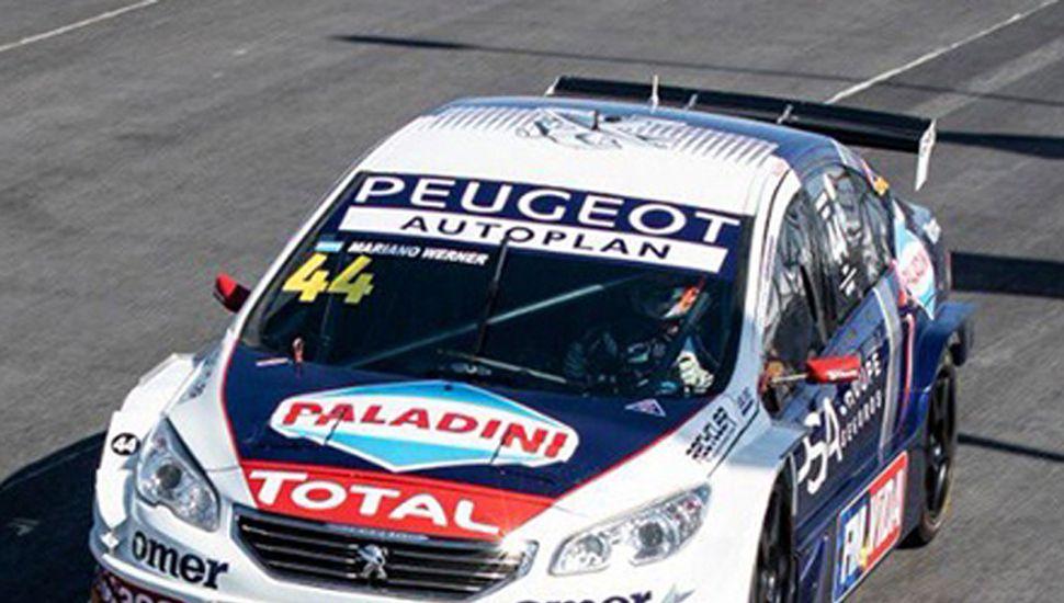Mariano Werner ganó ayer con el León, en el Súper TC 2000.