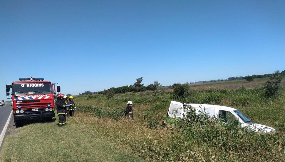 Una camioneta impactó con un camión en Ruta 7