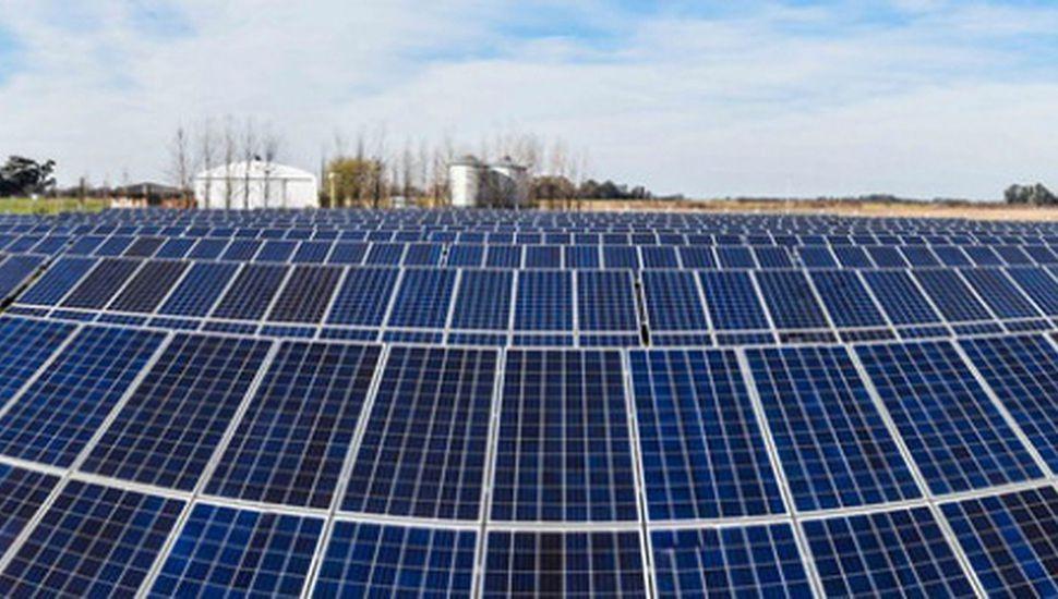 Parque Solar Fotovoltaico de El Triunfo, en Lincoln.