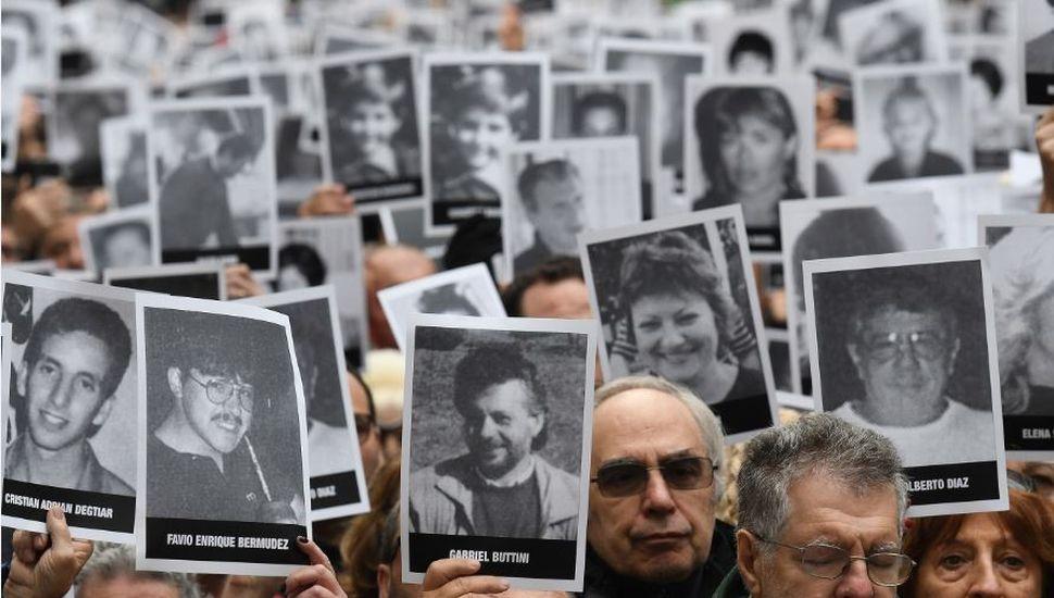 """""""No se puede pactar con asesinos"""", afirmó el presidente de la AMIA"""