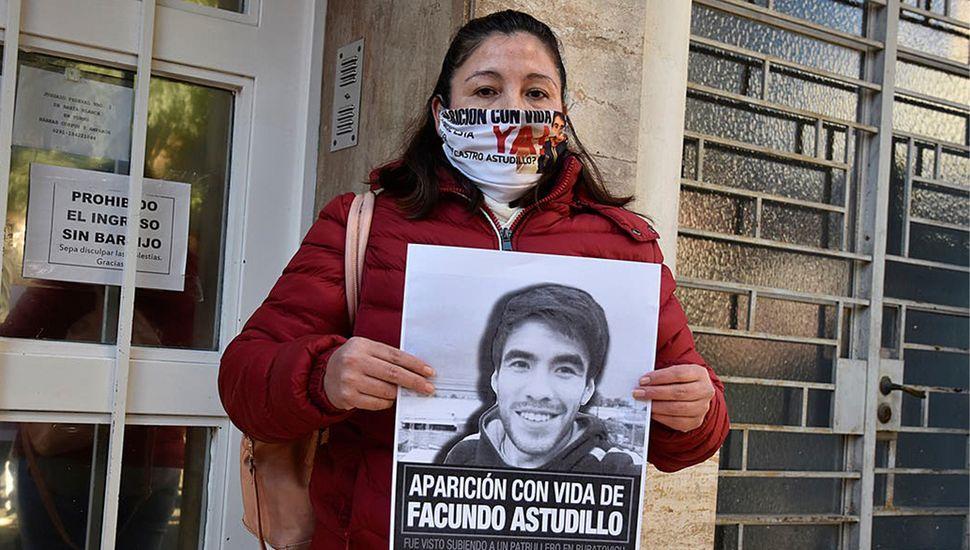 Cristina Castro, la madre de Facundo, dijo que nueve policías desplegaron el plan de desaparición y encubrimiento en cinco etapas.