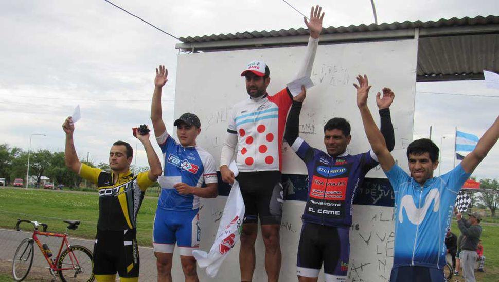 Ceremonia de podio tras la disputa de una de las carreras del fin de semana.