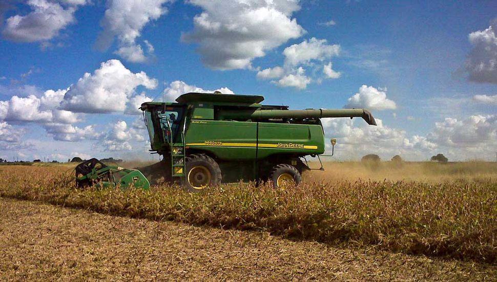 La maquinaria agrícola espera  un repunte con la cosecha de otoño