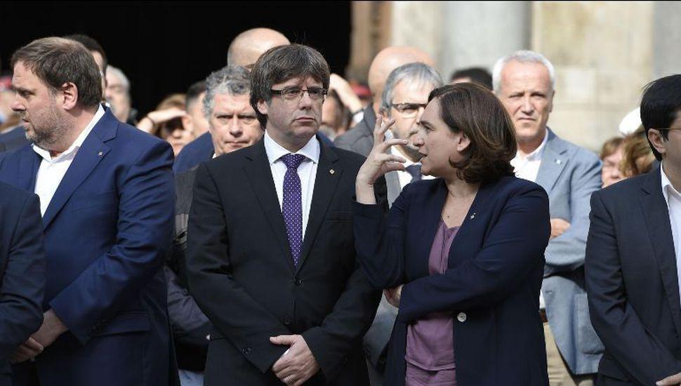 """El gobierno español prepara una intervención """"quirúrgica"""" en Cataluña"""