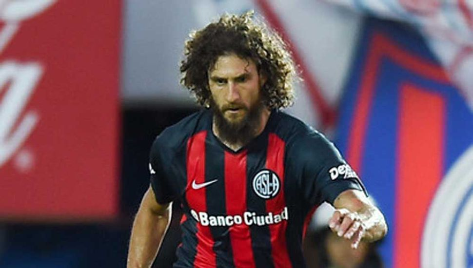 Fabricio Coloccini, el defensor será titular en San Lorenzo.