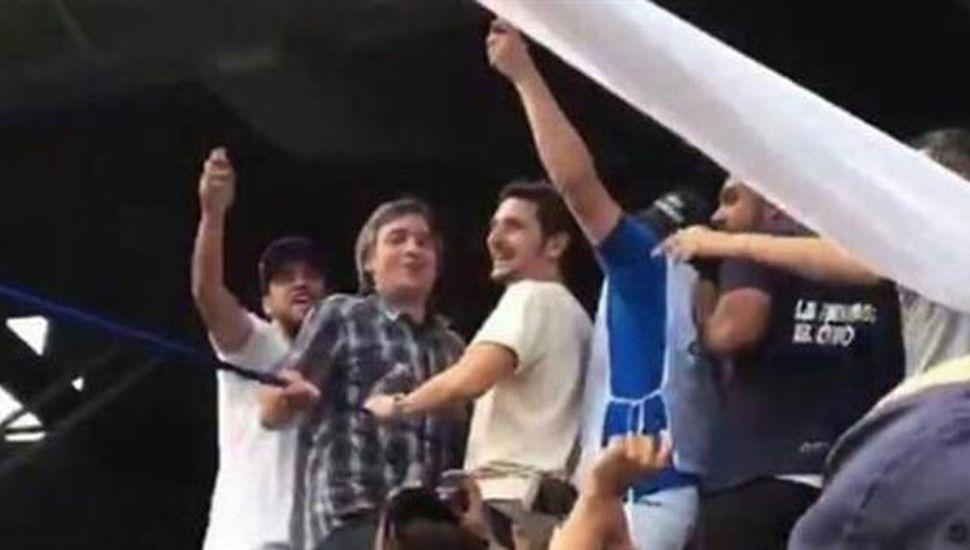 Investigan la participación de barrabravas  de Racing en el acto de Cristina Kirchner