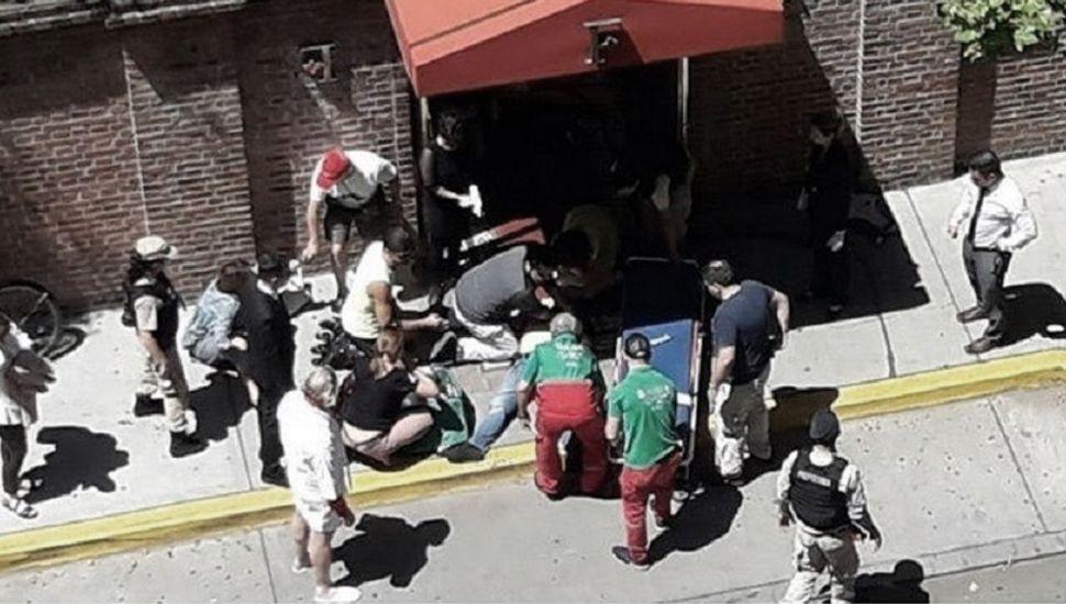 Procesan a cinco venezolanos por el crimen del turista inglés y liberan a tres argentinos