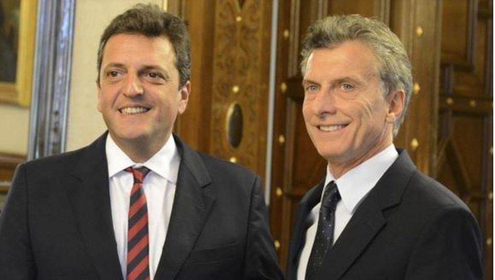 El Gobierno busca avanzar con el acuerdo pese a las críticas de Massa y el kirchnerismo