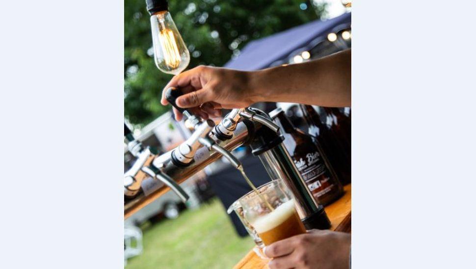 Finde largo con música, patio de comidas y el sabor de nuestras cervezas
