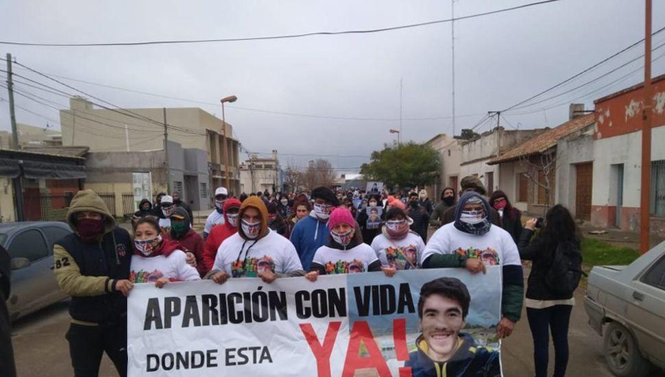 Se repiten las marchas pidiendo por la aparición de Facundo.
