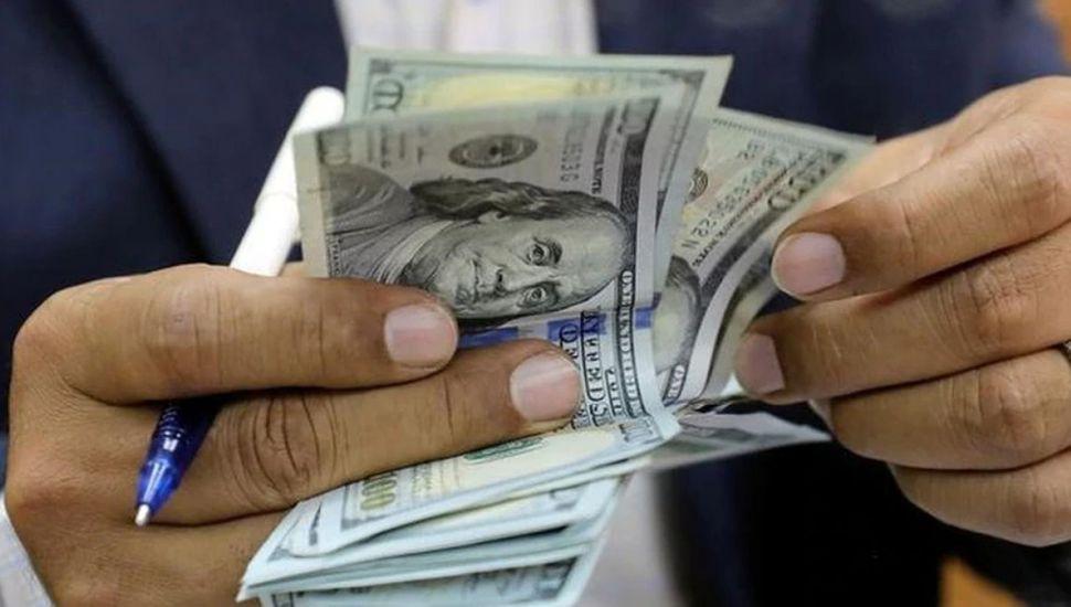 Más requisitos para comprar dólares