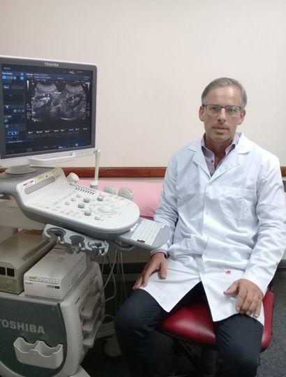 Dr. Rodrigo Vázquez
