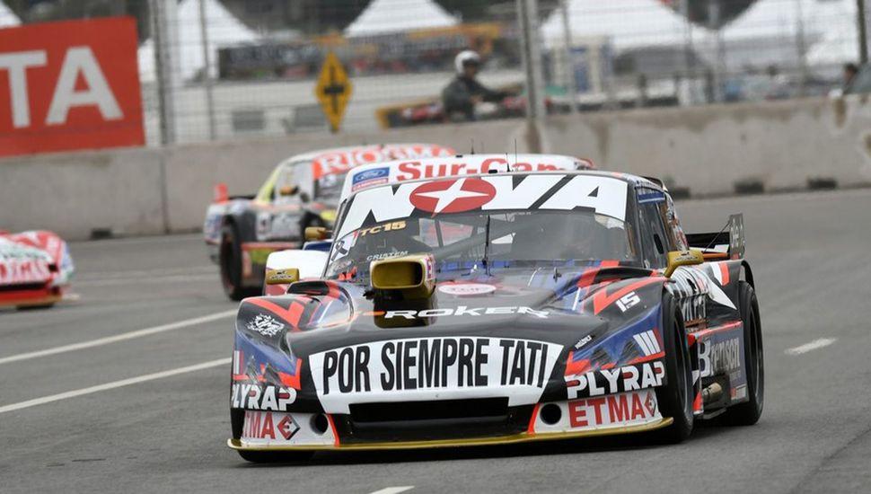El auto de Matías Rossi que hoy partirá desde el primer lugar de la grilla.