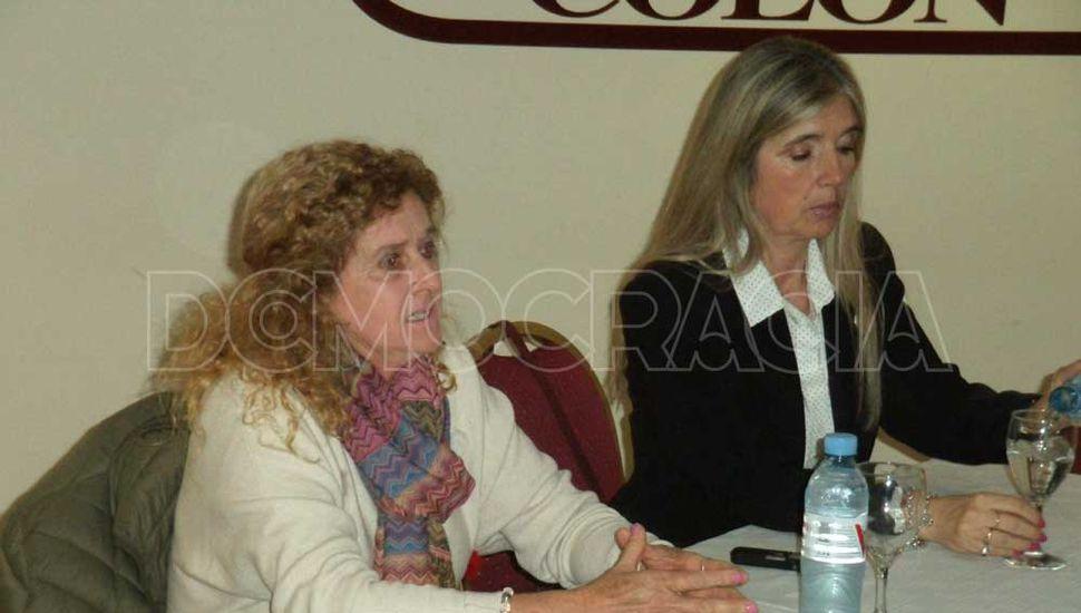 Rosana Franco y Graciela Picchi presentaron el proyecto en un encuentro con productores rurales y dirigente.