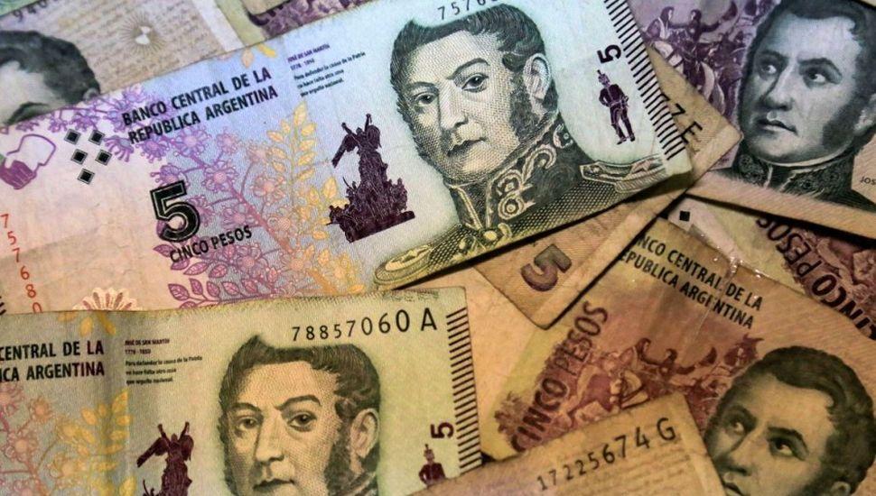 Analizan prorrogar plazo de salida de circulación de los $5