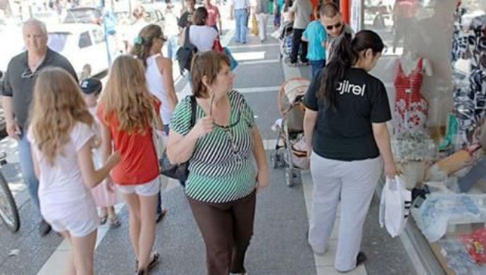 Turistas gastaron $ 2.102 millones  y las ventas crecieron 2,3%