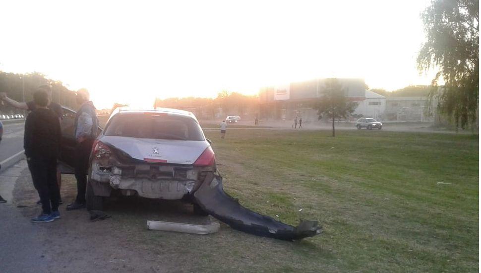 Un motociclista sufrió la amputación de una pierna tras un accidente en Circunvalación