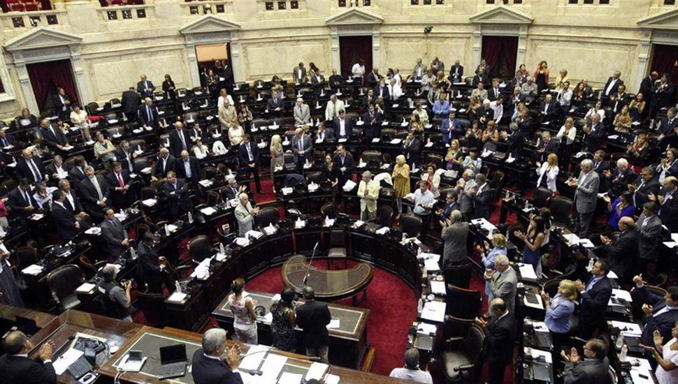 En octubre se votará también la renovación parcial de la Cámara de Diputados.