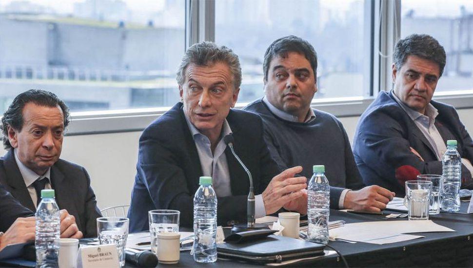 En medio de la suba del dólar, Macri estuvo reunido con empresarios